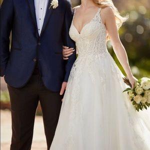Wedding dress 902 Martina Liana